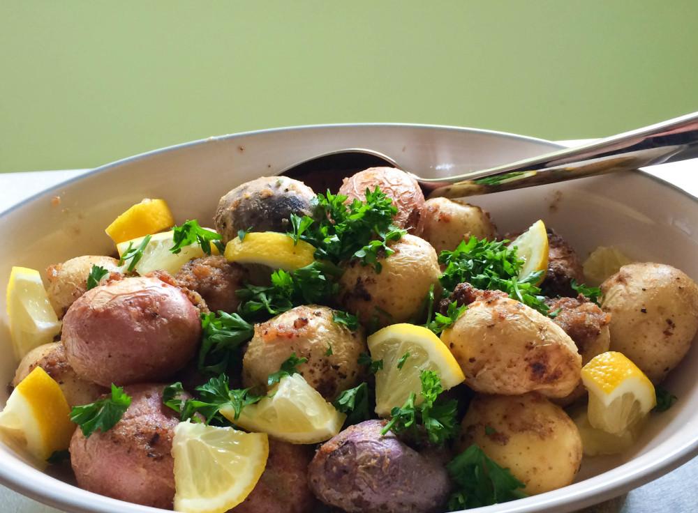 Red Potato Salad with Lemon-Horseradish Dressing - Oat&Sesame