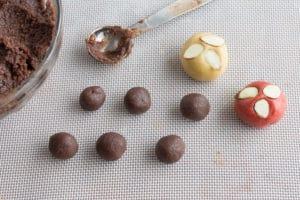 chocolate-almond-pillow-cookies-balls4
