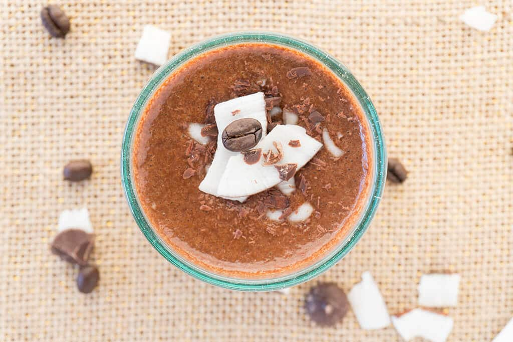 Coffee + Breakfast combined! Make this Creamy Mocha-Oat Smoothie for the best of a chocolate mocha plus your morning oats in one! Drink it warm or cold! | Recipe at OatandSesame.com