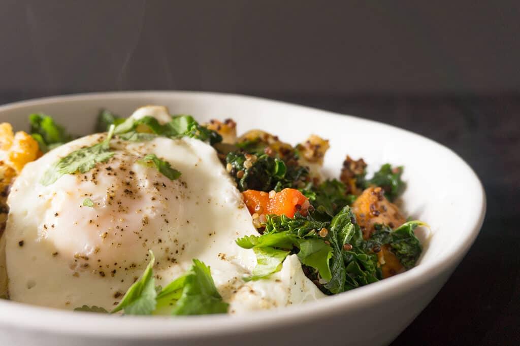 Quinoa Breakfast Hash in bowl