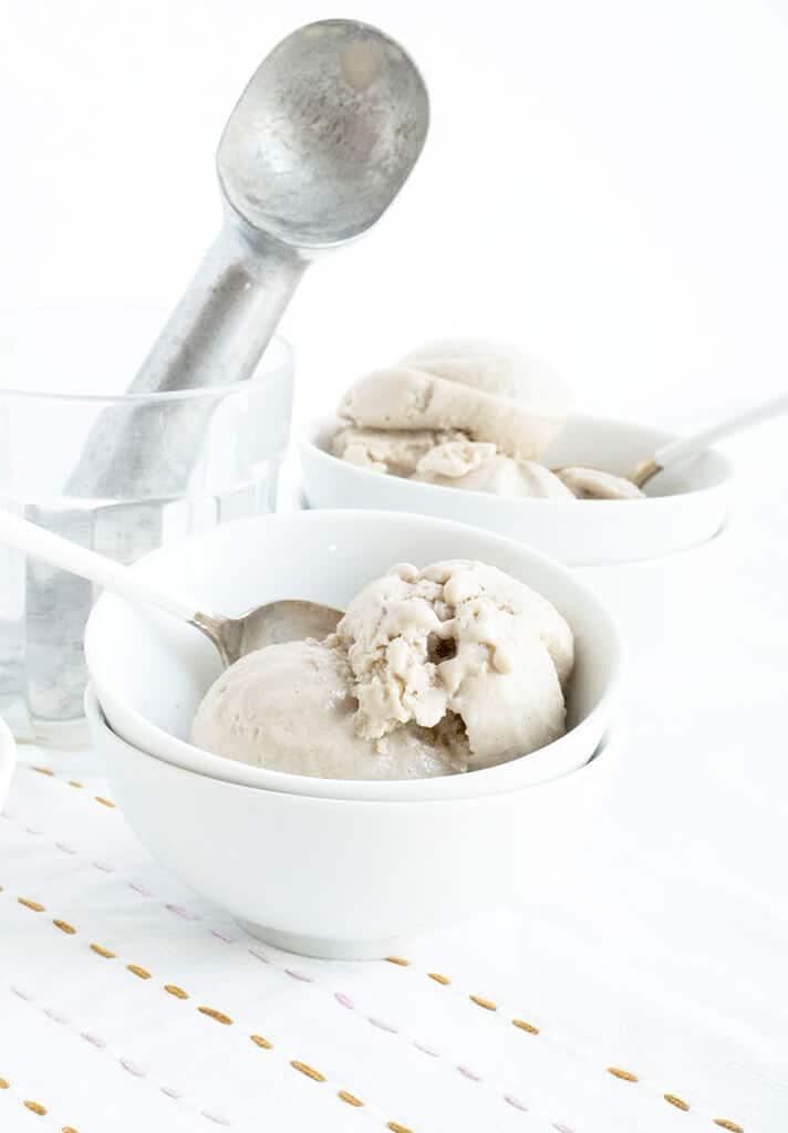 Easy Vegan 5 Minute Banana Ice Cream
