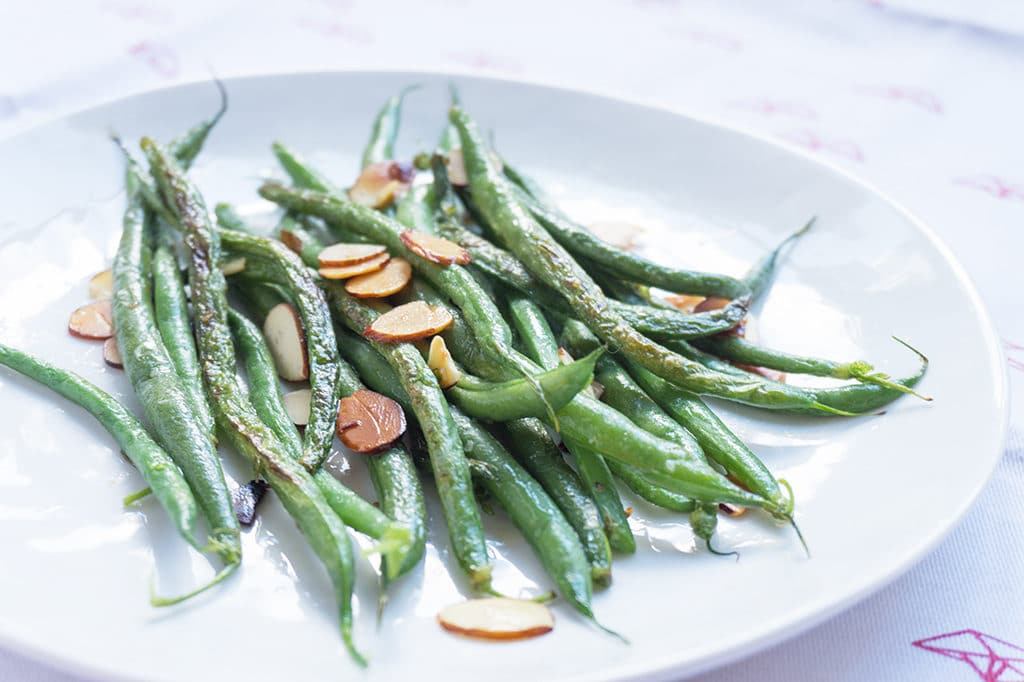 Simple Green Beans with Almonds