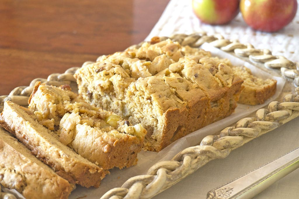 Nini Rice's Apple Bread -sliced