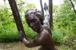 umlauf-sculpture-garden-austin-tx-woman-4