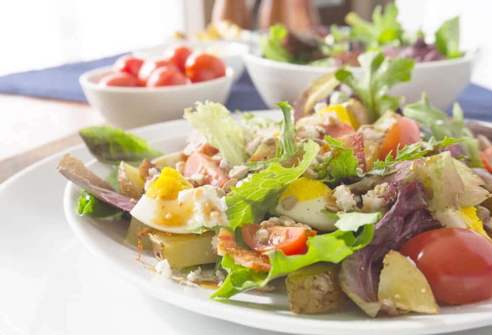 breakfast salad plated