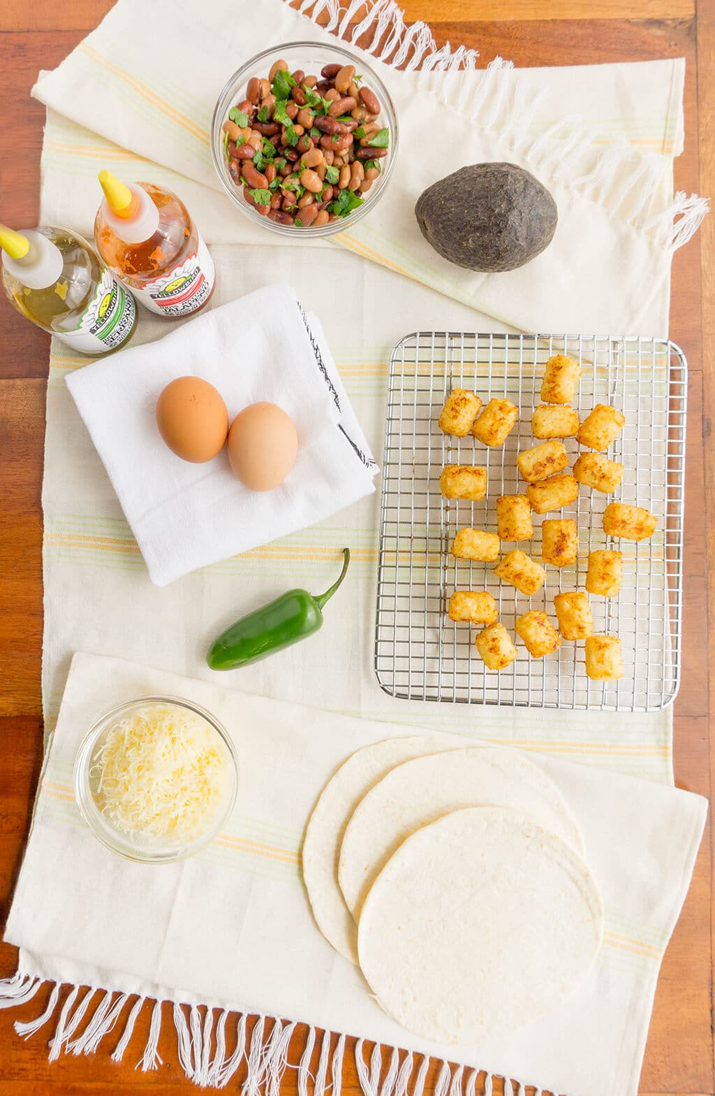 Tater Tot Breakfast Tacos ingredients