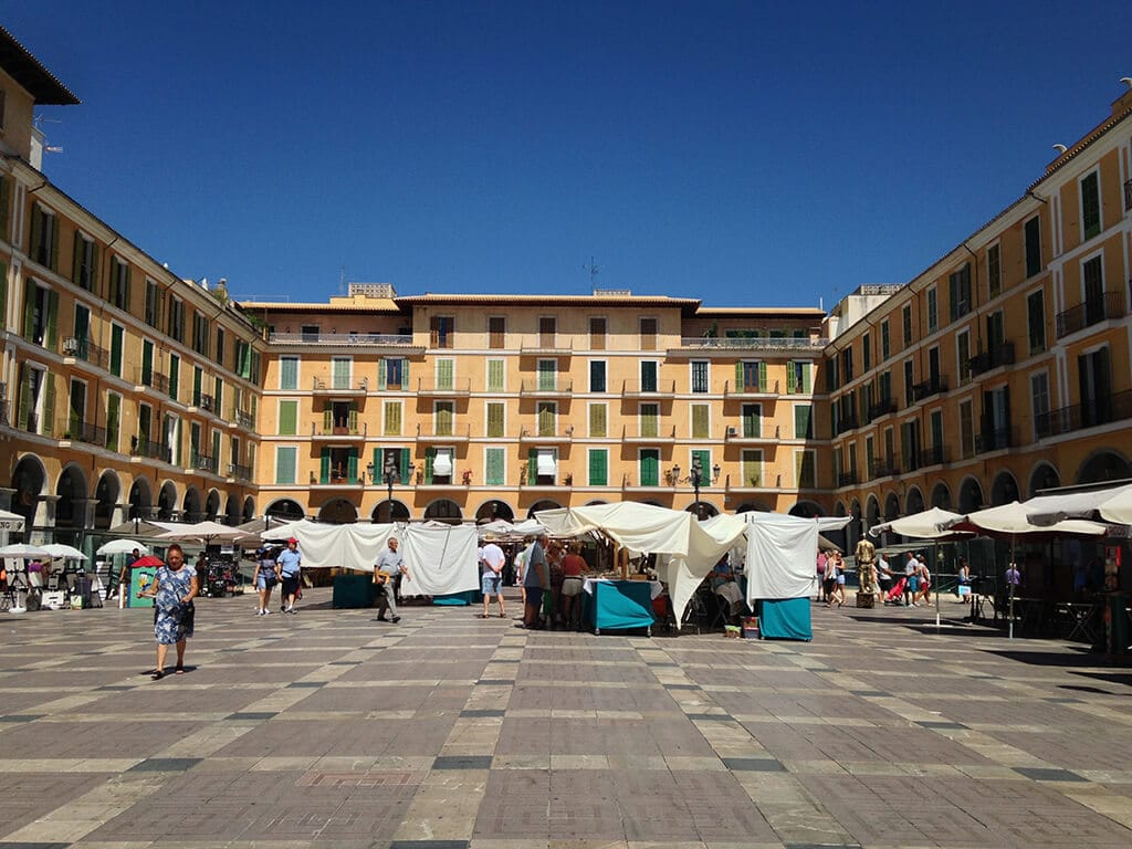 Plaça Mayor - Palma's Central Plaza