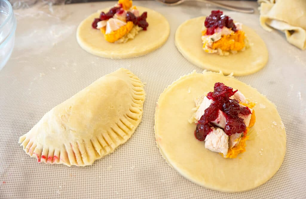 Filling the handpies