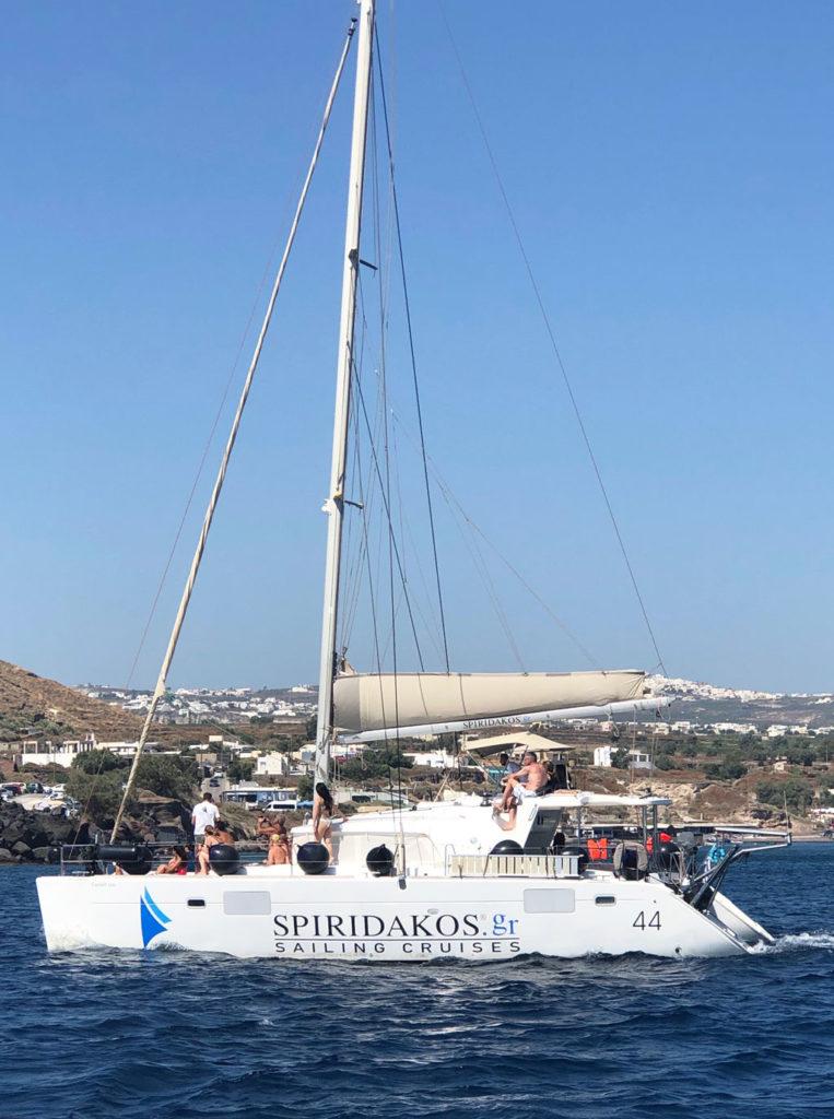 catamaran santorini