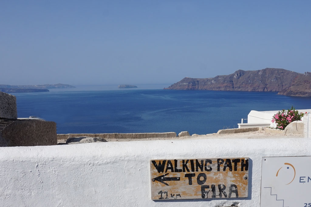 Fira to Oia Hike sign